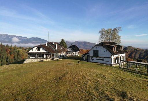 Amfiteatrul Transilvania – resort in Moieciu