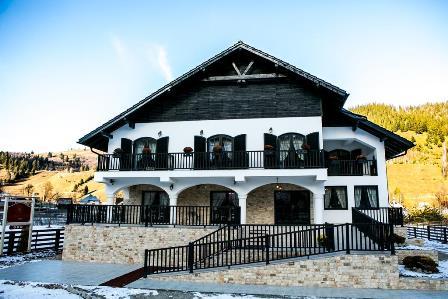 Conacul rafinat din comuna Fundu Moldovei, jud Suceava