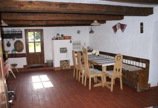 Casa Porumbacu 295, in Transilvania
