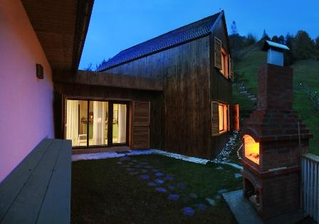 O casa de oaspeti incantatoare in Dambovicioara, judetul Arges