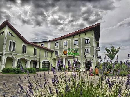 Un hotel elegant la marginea orasului Baia Mare