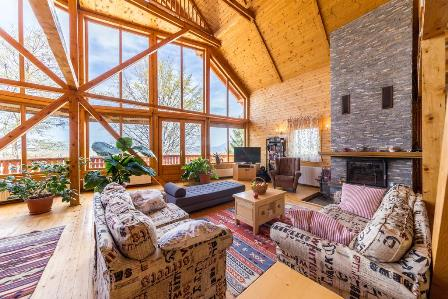 Carpathian Log Home – Bran