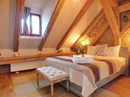 Wood House Republicii  – Brasov