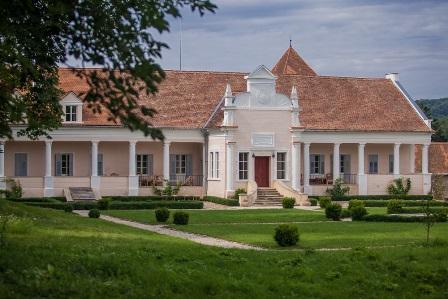 Conacul Apafi Manor din Transilvania