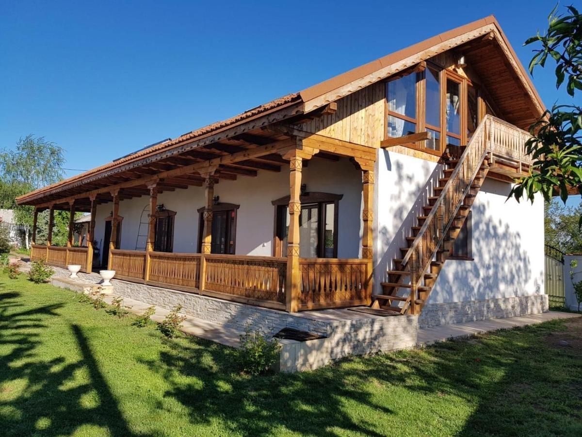 Verada Tour Guest House