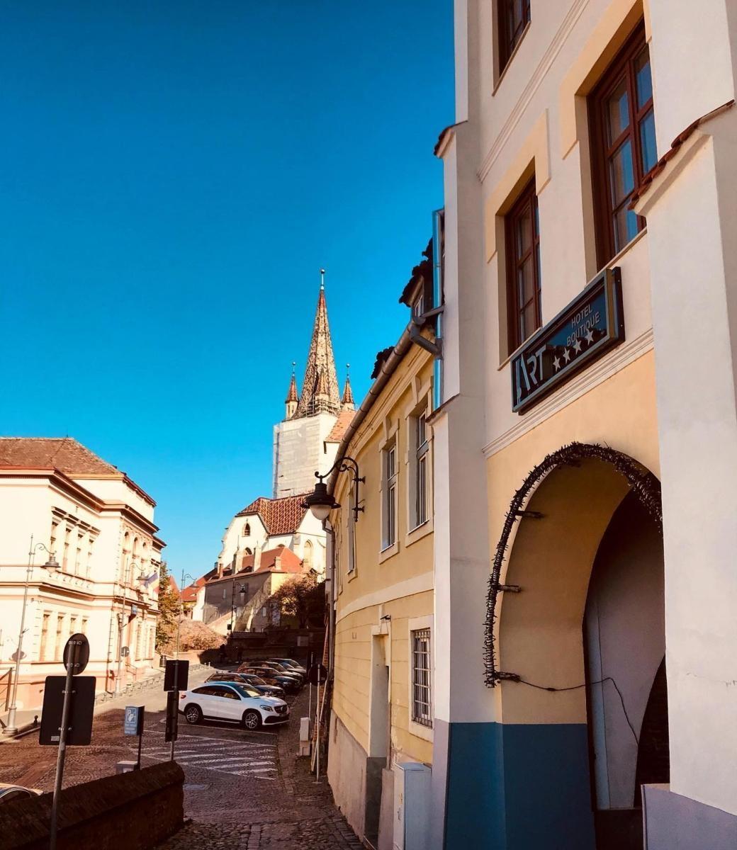 Hotel in centrul Sibiului – ART Hotel